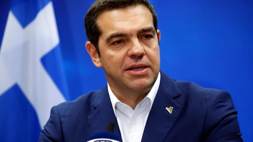 """Tsipras dice que repartirá un dividendo social"""" entre la población gracias a excedente"""