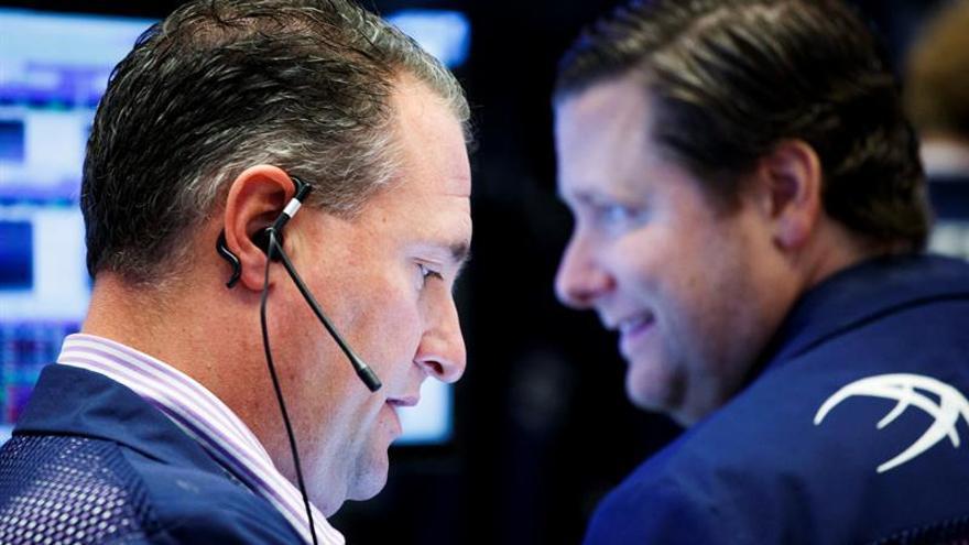 Wall Street abre con ganancias y el Dow Jones sube un 0,51 %