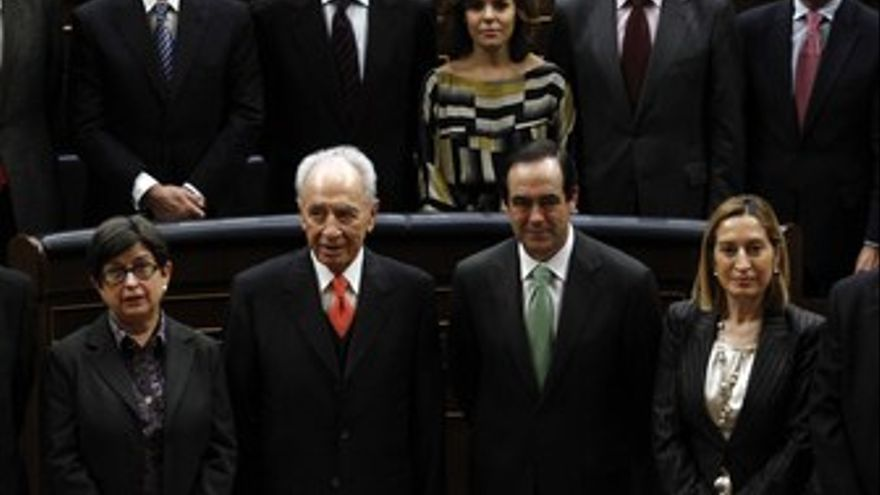 Simon Peres de visita en España
