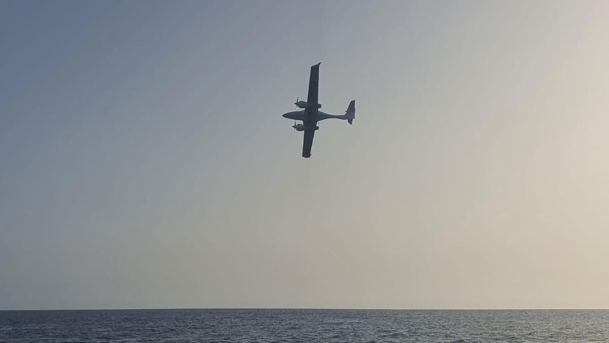 En la imagen, la avioneta que ha sido vista en La Palma.