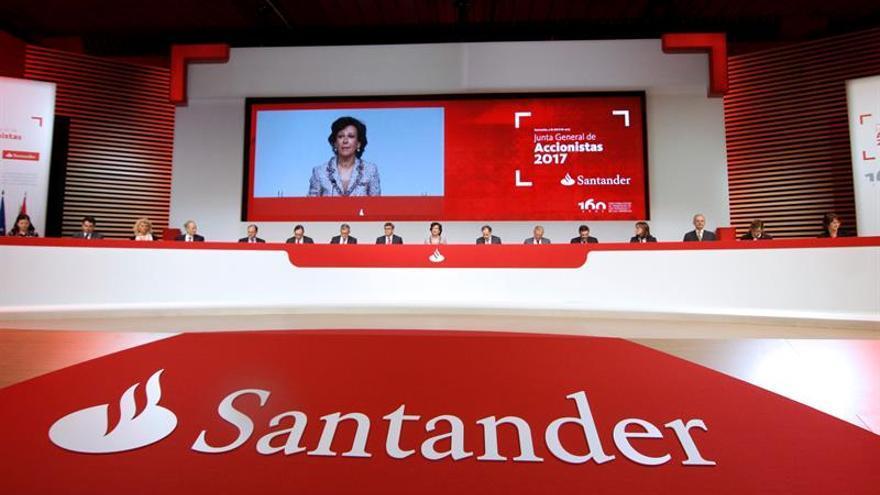 Santander recupera el liderazgo de la banca española tras comprar Popular