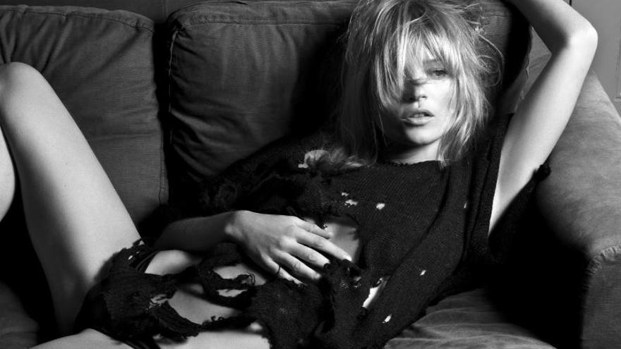 Kate Moss: 40 años de belleza, excesos e inagotable filón
