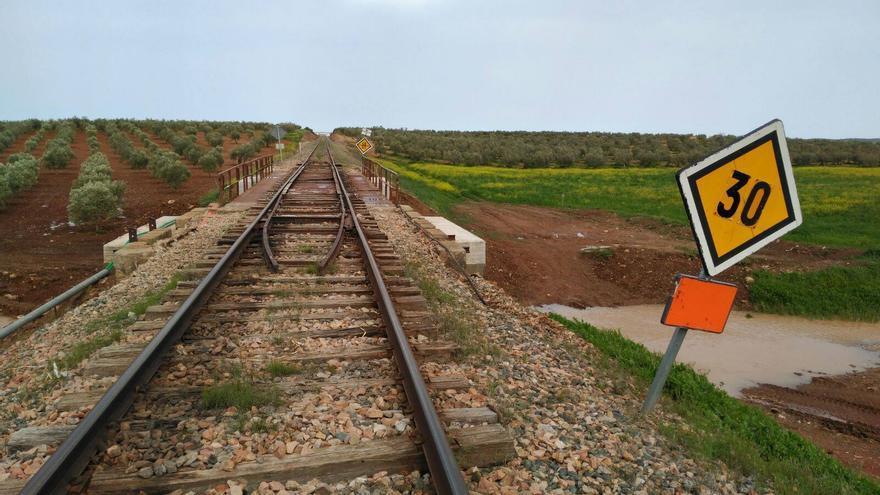 Puente tren Usagre Llerena