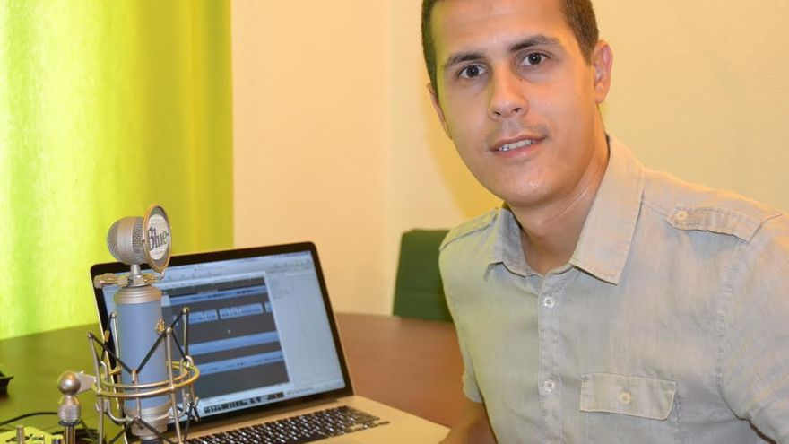 Danile Martín siente verdadera pasión por el mundo del sonido.