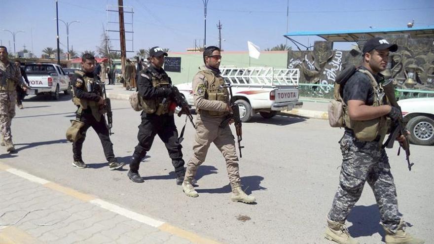 El ejército iraquí arrebata al EI estratégico pueblo al sur de Mosul