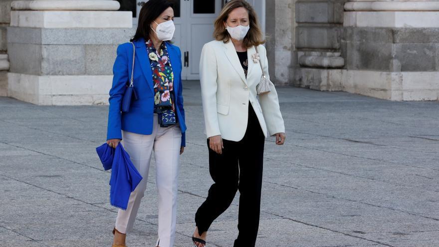 Los españoles solo aprueban a Robles, Díaz y Calviño del anterior Gobierno
