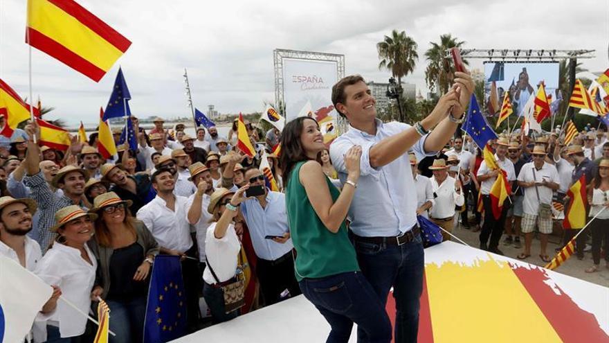 "Rivera a Sánchez: ""No anteponga el sillón a los intereses de España"""