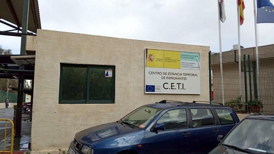 Vista del Centro de Estancia Temporal de Inmigrantes (CETI) a la península en el que se encuentran este miércoles 468 inmigrantes subsaharianos, marroquíes y argelinos y donde se ha registrado un caso positivo de coronavirus.
