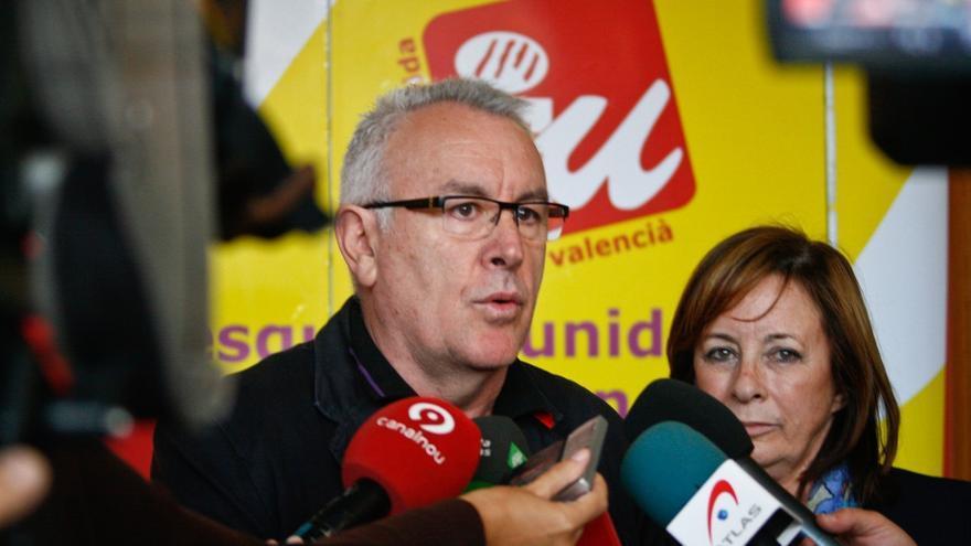 Cayo Lara exige trasladar a las CCAA los 18.000 millones de la moratoria de la UE al Gobierno