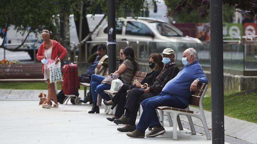 """La orden que obligará a usar mascarilla en Cantabria será """"amplia y detallada"""" e impondrá sanciones """"duras"""""""