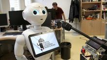 En la UPV desarrollan un proyecto para convertir a robots en versolaris