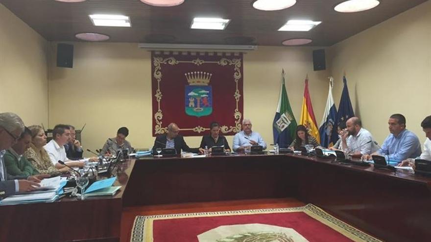 Pleno del Cabildo de El Hierro.