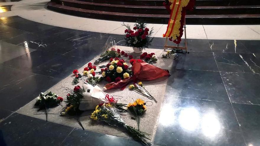 El Ayuntamiento de El Escorial, colapsado por la exhumación de Franco