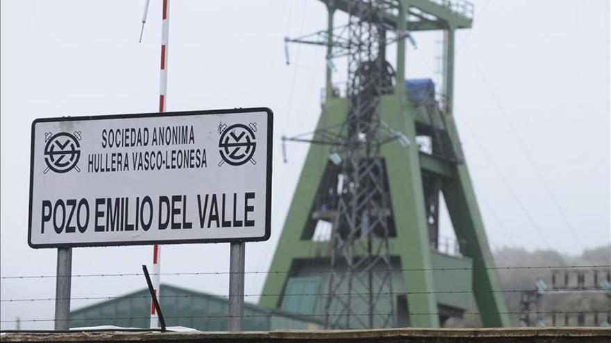 Imputados 16 directivos de la HVL por el accidente del pozo Emilio del Valle en 2013