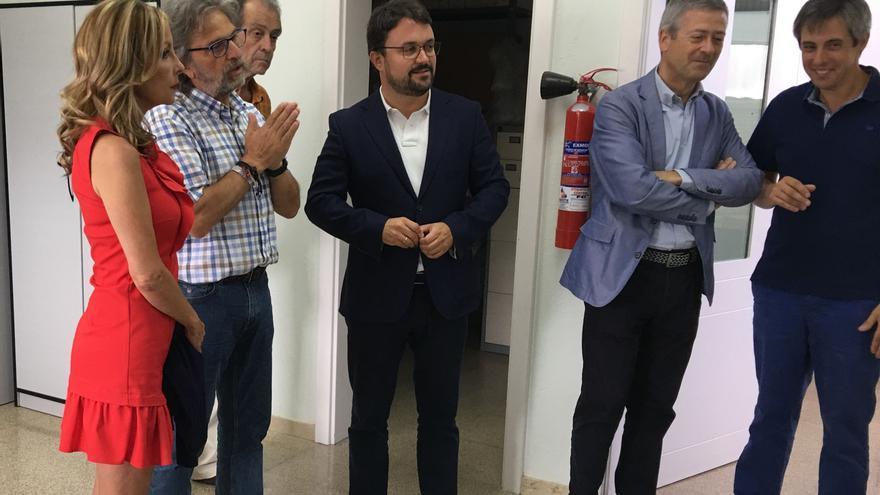 El presidente del PP de Canarias, Asier Antona, junto el presidente de la CCE, Agustín Manrique de Lara.