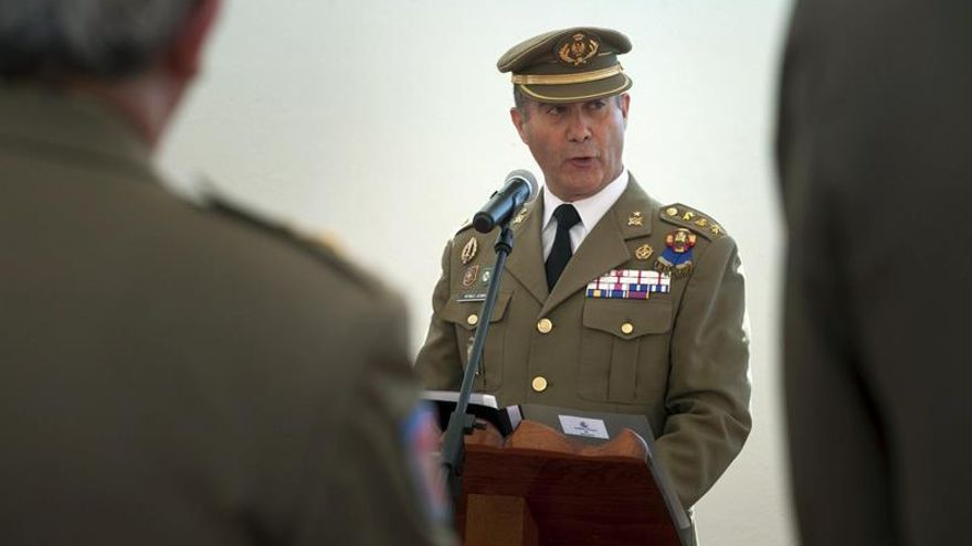 El coronel del Ejército de Tierra Luis Antonio Martínez Gimeno toma posesión del cargo de subdelegado de Defensa en Santa Cruz de Tenerife