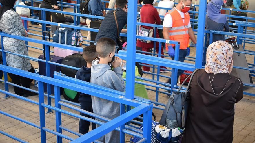 Pasillo humanitario en la frontera de Melilla