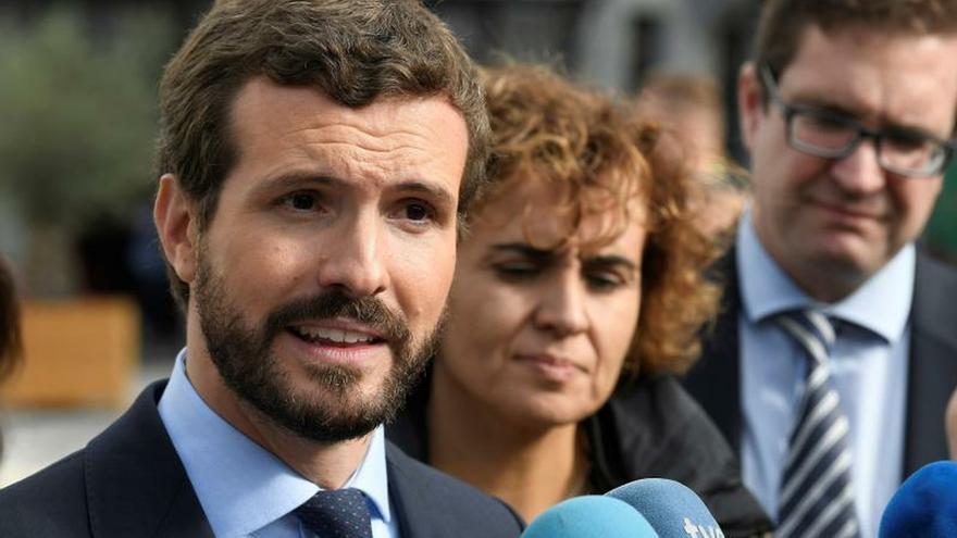 """Casado pide una respuesta """"firme"""" ante las declaraciones de Torra en el Parlament"""