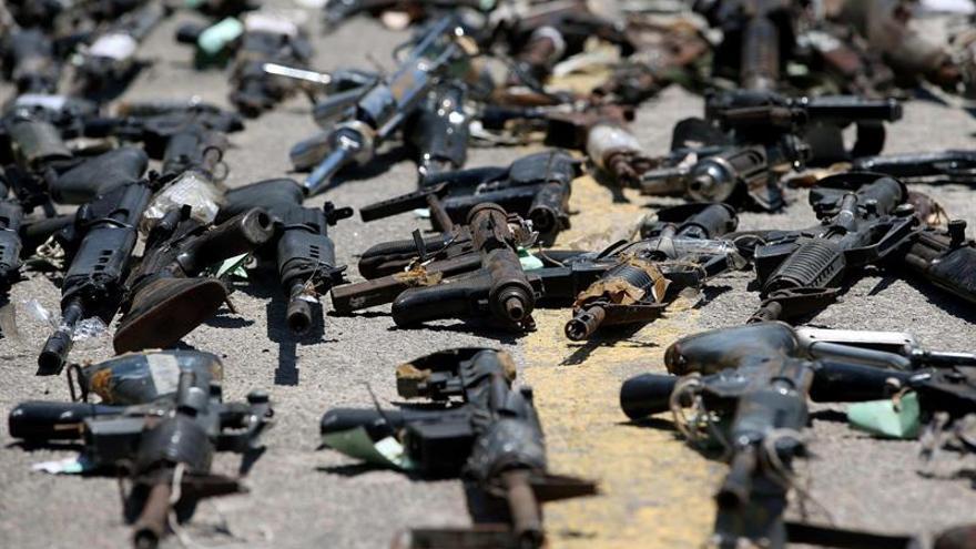 Hombres armados incendian 17 autobuses en varios puntos de una ciudad brasileña