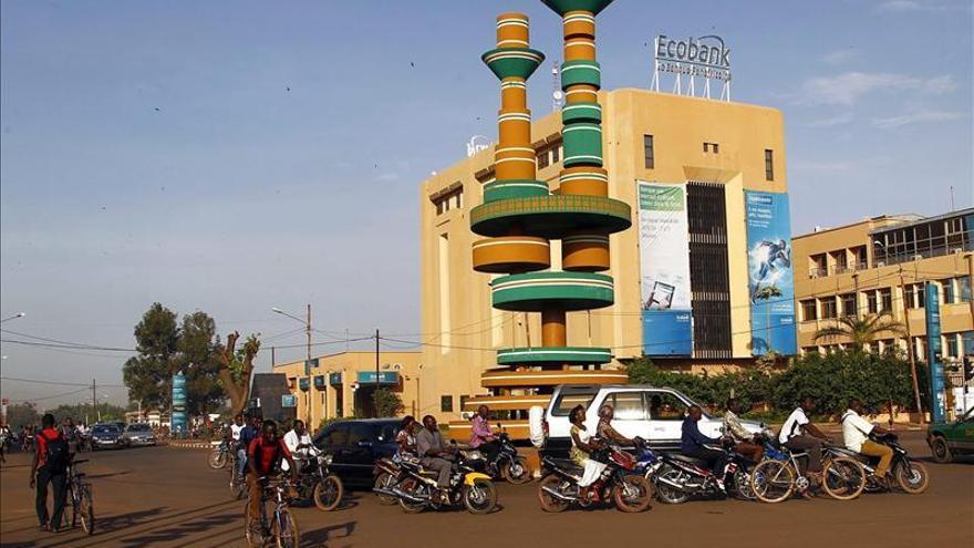 Muere un militar francés al estrellarse su helicóptero en Burkina Faso