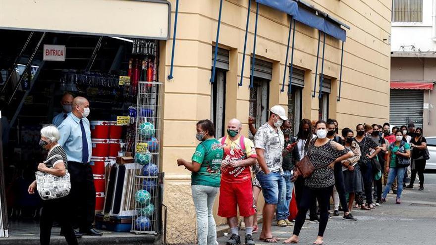 Sao Paulo prosigue su desescalada y reabre el comercio pese al ...
