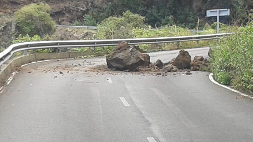 Imagen del desprendimiento registrado este martes en la carretera LP-1