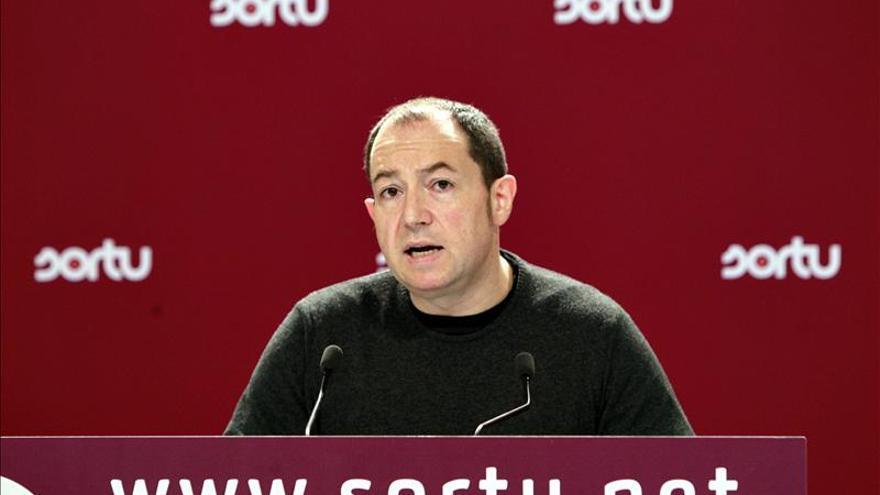 """Barrena dice que queda muy claro que """"el problema"""" no es ETA, es España"""
