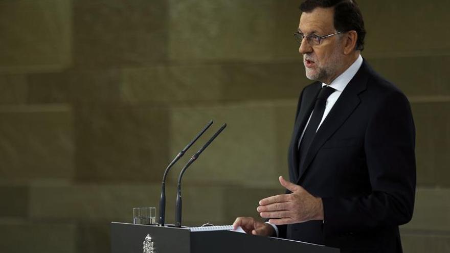 Rajoy contacta con el resto de líderes políticos para analizar el atentado de Niza