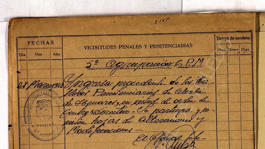 Hoja del expediente de Saturnino Carneros, preso destinado a la colonia penitenciaria militarizada nº5 (trabajos forzados), establecida para la construcción de la Academia de Infantería de Toledo.