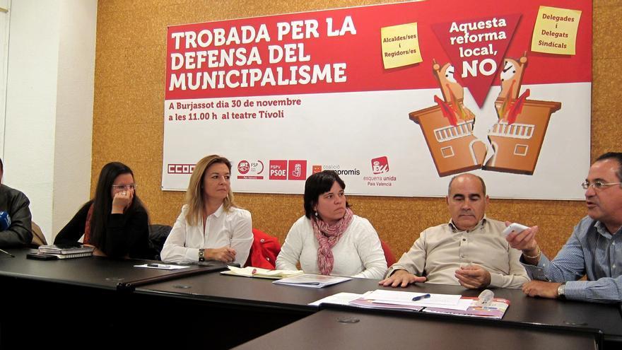 Sindicatos y partidos alertan de que la ley de reforma local destruirá 25.000 empleos en Comunidad Valenciana