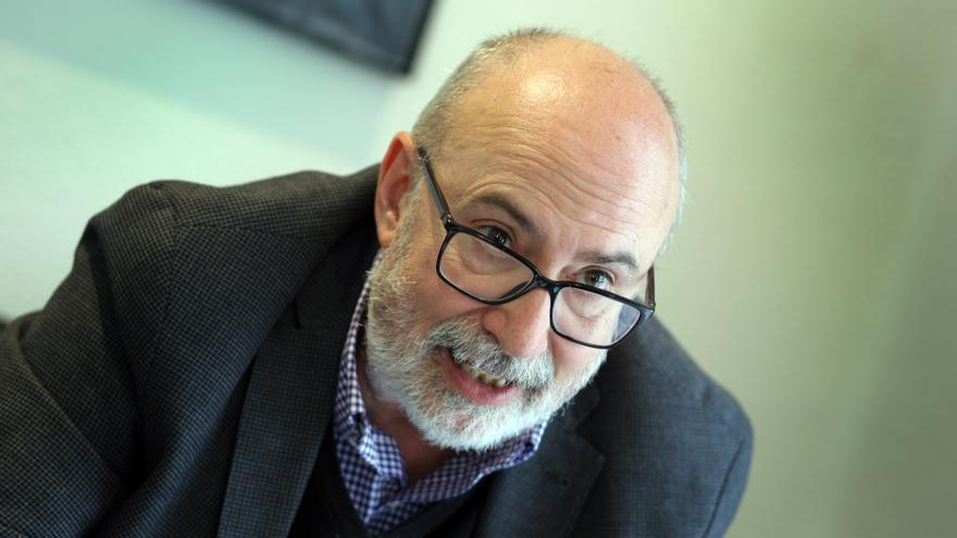 Manuel Alcaraz, Conseller de Transparencia y apasionado de la Semanas Santas.