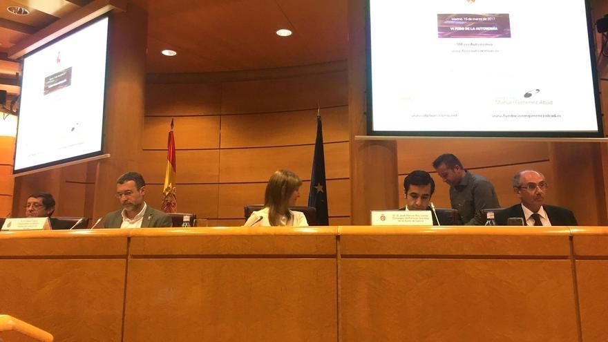 """Laparra plantea en el Senado """"revertir los recortes del Gobierno central"""" a la dependencia"""