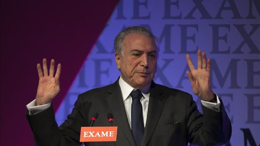 """El vicepresidente admite que será """"difícil"""" que Rousseff concluya su mandato"""