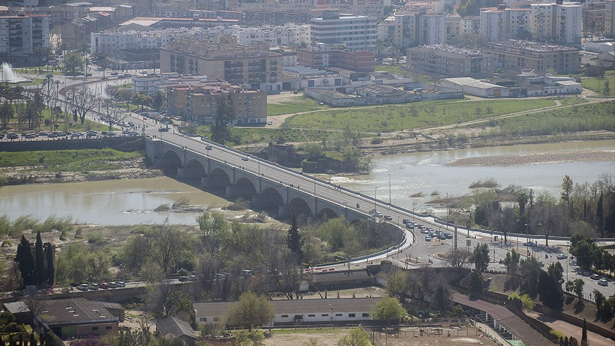 Puente de San Rafael.