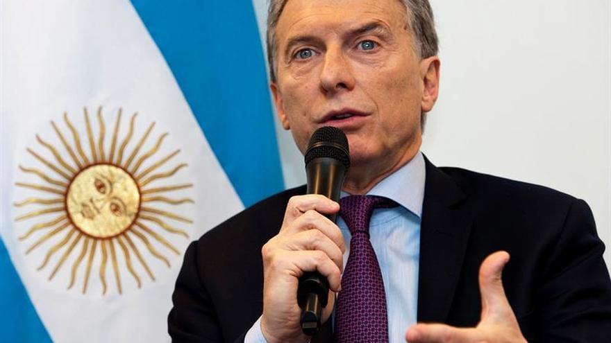 """Macri dice que Argentina necesita una """"participación activa"""" de sus Fuerzas Armadas"""