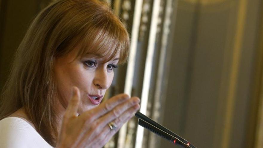 Gloria Lomana deja Antena 3 el mismo día que cumple 13 años en el cargo