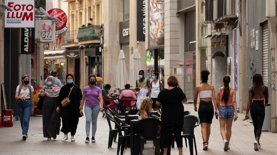 El consumo presencial se recupera: el gasto de los españoles ya compensa la caída extranjera