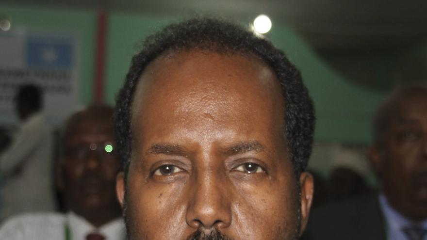 Al menos 4 muertos en atentados ante el hotel donde estaba el nuevo presidente somalí