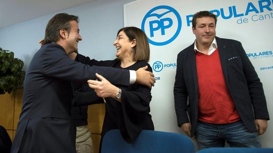 Buruaga, candidata a la Presidencia cántabra con el PP tras la renuncia de Beitia
