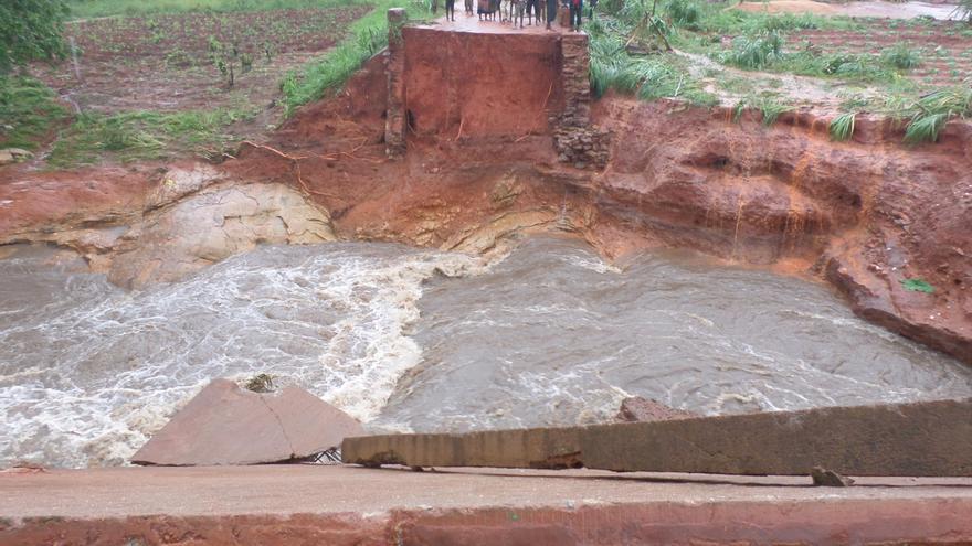 Más de 50 puentes han quedado destruidos en la provincia de Zambezia, Mozambique. (ActionAid)