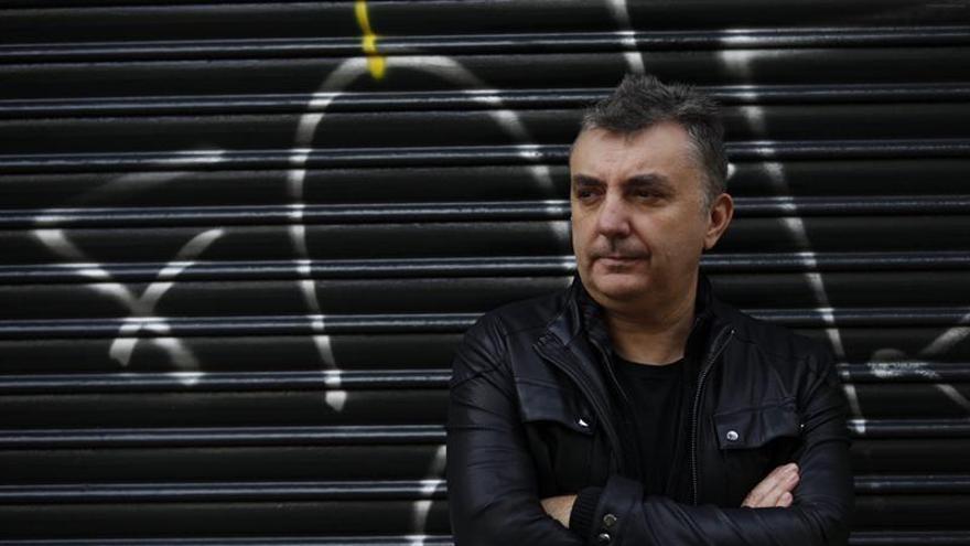 La izquierda no vio en el pop un arma antifranquista, según Manuel Vilas