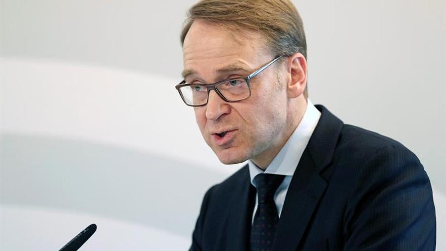 """El Bundesbank tacha de """"gran error"""" tratar de desregular el sector bancario"""
