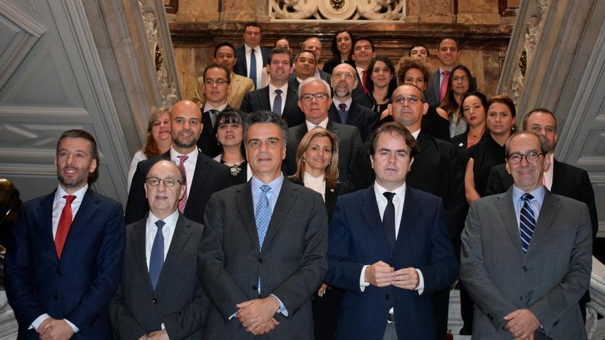 Bermúdez de Castro alaba el trabajo de los funcionarios catalanes en plena aplicación del 155