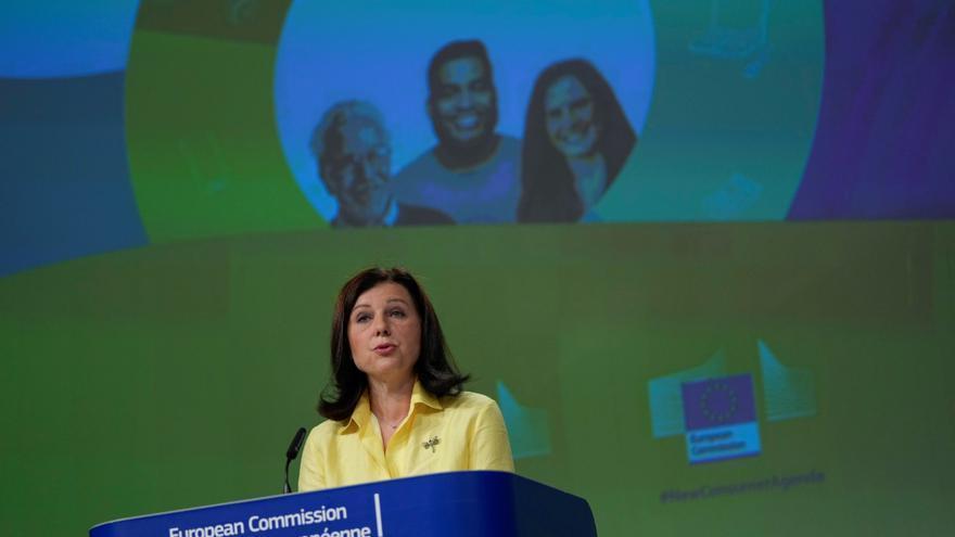 Bruselas propone normas de créditos al consumo para evitar sobreendeudamiento