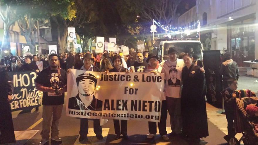 Una manifestación para pedir justicia por Alex Nieto en San Francisco.