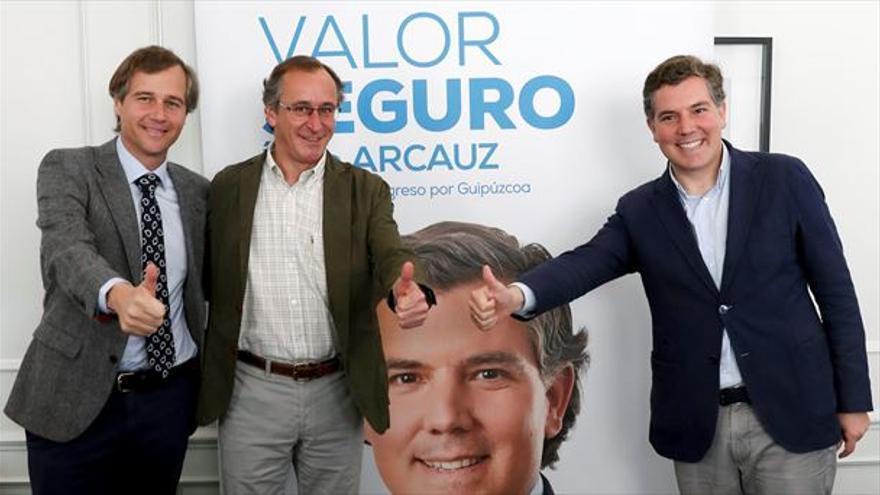 González Terol, Alonso y Arcauz, en un acto de campaña en San Sebastián