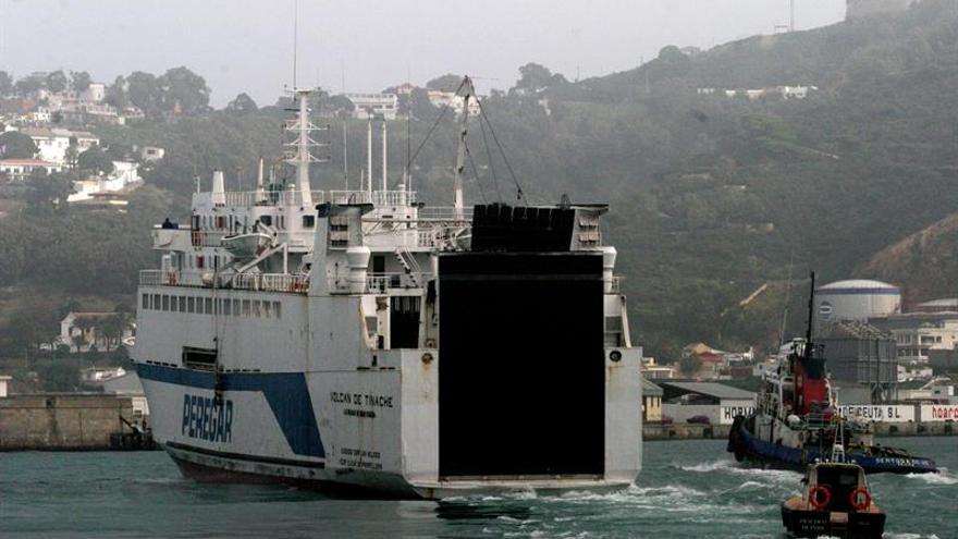 La línea Ceuta-Algeciras alcanza 645.000 pasajeros en cinco meses
