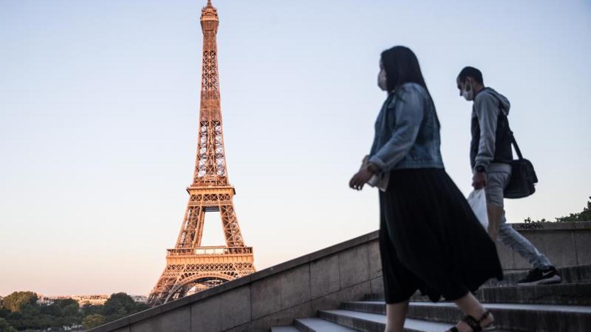 La nueva normalidad en Francia: confinamiento en casa pero con parques y  colegios abiertos