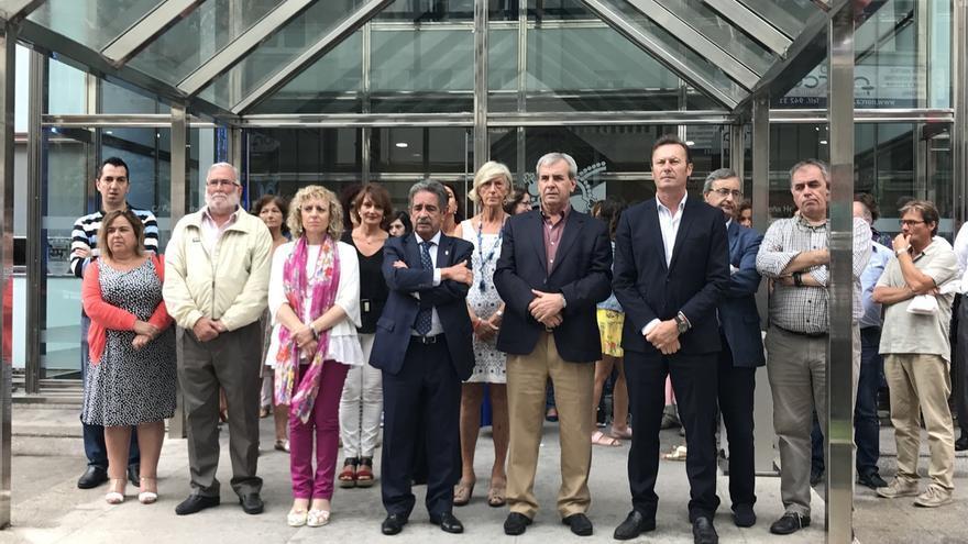 """Revilla llama a Cataluña a reflexionar que """"es mejor"""" combatir el terrorismo """"unidos y no separados"""""""
