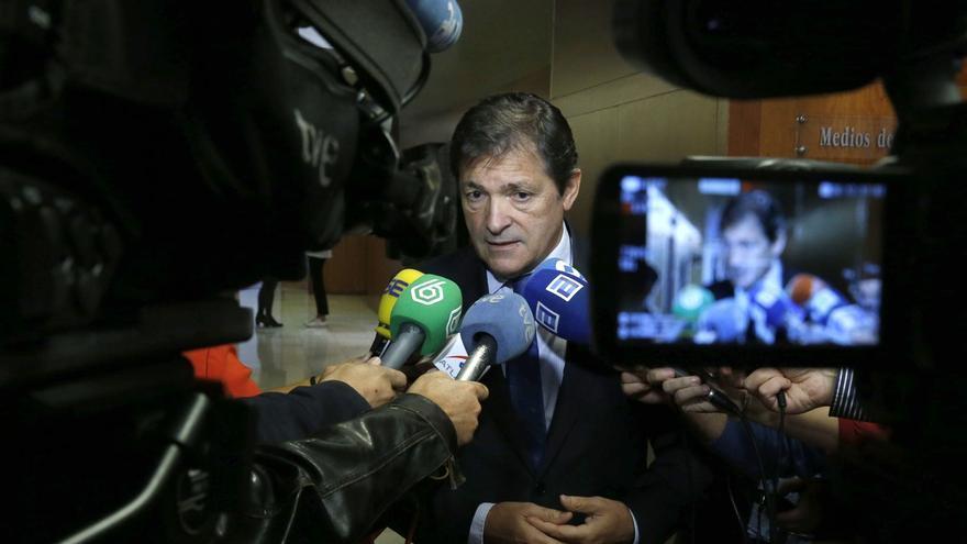 """Javier Fernández lamenta que el """"continuismo"""" dificulte un gobierno """"dialogante y flexible"""""""